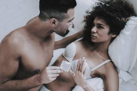 コンドームを使わない・避妊用ピルの使用